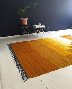 new colors, new setup #stillebenfirstfloor Carpet by @allthewaytoparis Wall…