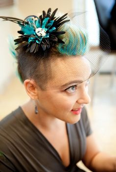 Hair inspiration for brides with mohawks Hair inspiration for brides with mohawks on Offbeat Bride, Oval Face Hairstyles, Undercut Hairstyles, Bride Hairstyles, Shaved Hairstyles, Hairdos, Shaved Hair Women, Half Shaved Hair, Female Mohawk, Wedding Hair Inspiration