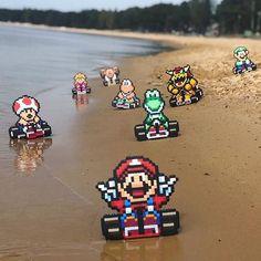 If Mario had vr mario nintendo Mundo Super Mario, Super Mario Kart, Bioshock, Wii U, Video Game Art, Video Games, Pixel Art, Mario Kart Characters, Kitana Cosplay
