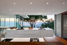 Wonderful kitchen design-Modern Art Carpinteria Foothills Residence by Neumann Mendro Andrulaitis Architects in Carpinteria, California Kitchen Design Open, Open Kitchen, Nice Kitchen, Condo Kitchen, Kitchen White, Awesome Kitchen, Kitchen Modern, Minimalist Kitchen, Beautiful Kitchen