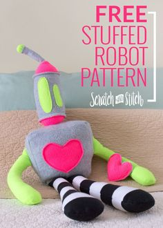 Make this large stuffed robot. Kawaii Plush, Cute Plush, Sewing Toys, Baby Sewing, Free Pattern Download, Polymer Clay Kawaii, Softie Pattern, Stuffed Animal Patterns, Stuffed Animals