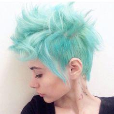 Cheveux bleu pastel - hair and makeup - Ombré Hair, New Hair, Mohawk Hair, Curls Haircut, Corte Y Color, Coloured Hair, Grunge Hair, Rainbow Hair, Cornrows