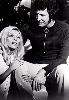 Nancy Sinatra & Tom Jones
