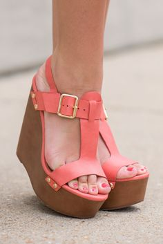 https://www.shopthemint.com/product_images/the-emily-wedge-peach/pea/54c7c8aa69702d38a5650000/zoom.jpg?c=1422379178