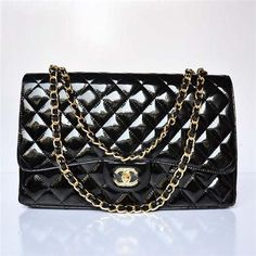 3667b3caab7c classic Chanel bag that never goes out of style