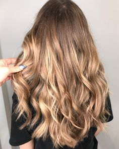 "51 Likes, 4 Comments - @capucinemariecapucine on Instagram: "" balayage at @samanthacusicklondon cut and style by cutie @lovemeknot_"""