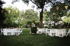 The garden - A Fresh Informal Fête | Etsy Weddings Blog
