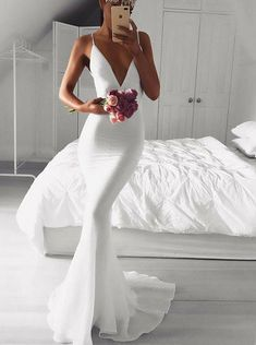 Kleider Mermaid Spaghetti Straps Sweep Train White Prom / Evening Dress Wedding Invitations Without Dresses Elegant, Petite Dresses, Sexy Dresses, Evening Dresses, White Formal Dresses, Lace Dresses, Casual Dresses, White Gowns, Elegant White Dress