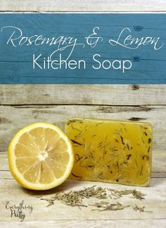 Lemon Kitchen Soap Recipe Easy kitchen soap recipe with lemon essential oil and dried rosemary.Easy kitchen soap recipe with lemon essential oil and dried rosemary. How To Dry Rosemary, Diy Soap Rosemary, Diy Savon, Lemon Soap, Lemon Kitchen, Diy Kitchen Soap, Homemade Soap Recipes, Diy Soap Recipe Without Lye, Handmade Soaps