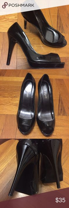 """Black peep toe pumps Cole haan purchased from Victoria's Secret. 4"""" heel. Patent Leather, in great condition. Heel in new condition. Ships without box sorry. Colin Stuart Shoes Heels"""