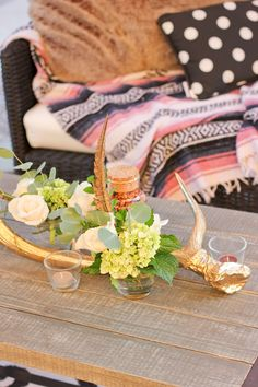 Antlers with gold