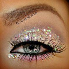 Stun in glitter