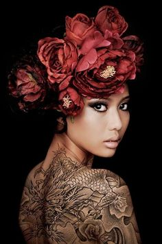 Red Poison - Flower Crown. Awesome Tattoo.