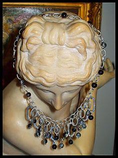 El Secreto Encanto De La Diva: One of the lovely necklaces in http://elsecretoencantodeladiva.blogspot.com.ar/2014/05/los-collares-de-la-diva-1-parte.html