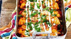 Enchiladas with chicken - recipe - salt å gott - Fajitas Recipe Baking Recipes, Vegan Recipes, Vegan Food, Tex Mex, Chicken Recipes, Dinner Recipes, Yummy Food, Lunch, Beleza
