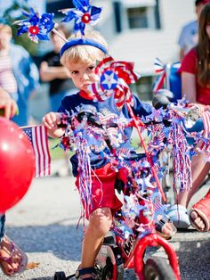 A good neighborhood parade has music, costumes, candy, and vehicles, but you don't have to blow your budget to throw one. Follow our eight steps to organize a fun and festive Fourth of July parade that's inexpensive and stress free.