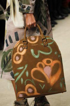 Burberry Prorsum AW2014 Accessories at London Fashion Week via heelsandbells.com