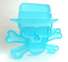 Gallery1988, Breaking Gifs and Pretty In Plastic have teamed up with artist Tristan Eaton to produce these these limited edition Heisenberg Skull and Bones resins for The Breaking Bad Art Show.