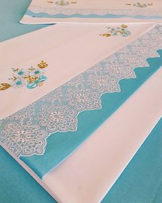 Nakislarimizin bitmiş sekli 💙💙 The finished form of our embroidery is # Wedding Baby Sheets, Decoration Bedroom, Bargello, Diy Home Crafts, Home Textile, Christmas Fun, Machine Embroidery, Creations, Outdoor Blanket