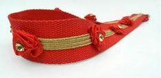 Here I will give you an idea that how you can make your old belts stylish and exclusive. With this idea you can make your belts impressively renewable. Diy Belts, Red Belt, Embellishments, Diy And Crafts, Diy Projects, Stylish, Bags, Girls, Jewelry