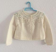 Blog Abuela Encarna: 2020 Patron Crochet, Baby Sweater Knitting Pattern, Baby Cardigan, Baby Sweaters, Blog, Carbon Filter, Fashion, Knit Jacket, Girls Dresses