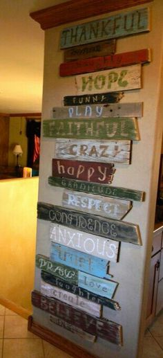 There are various varieties of wall art and inspirational wall art is something that will give your home a new look. When planning for an inspirational wall art, you can choose something that reall… Pallet Crafts, Pallet Projects, Home Projects, Wood Crafts, Old Wood Projects, Reclaimed Wood Projects, Pallet Wall Art, Pallet Wood, Wood Wall