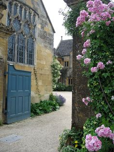 Hidcote  near Chipping Campden, Cotswolds,  Gloucestershire, UK