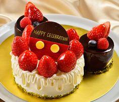 ディズニーアンバサダーホテル、チックタック・ダイナー、スウィーツ、ミッキー型のホールケーキ