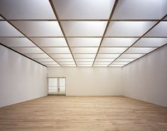 Nottingham Contemporary / Caruso St John Architects - The Passionate Pilgrim of Titchfield Space Architecture, Contemporary Architecture, Contemporary Art, Caruso St John, Nottingham Contemporary, Interior And Exterior, Interior Design, Roof Light, Empty Room