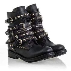 Ash Rebel Womens Boot Black Leather 340438 I could not possibly want these boots anymore than I already do. Estilo Rock, Heeled Boots, Shoe Boots, Shoe Bag, Women's Boots, Ankle Boots, High Boots, Cute Shoes, Me Too Shoes