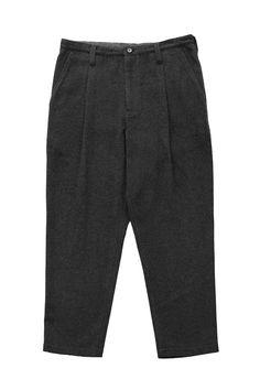 Porter Classic - CASHMERE CROPPED PANTS - GRAY ポータークラシック《カシミアクロップドパンツ》グレー PCで愛されるシルエット。オリジナルのビーバーカシミアは、軽くて柔らかく、保温性と保湿性を兼ね備えた上品な光沢。冬の寒さが恋しくなる限られた贅沢品。 Porter Classic, Suits, Fashion, Moda, Fashion Styles, Suit, Wedding Suits, Fashion Illustrations