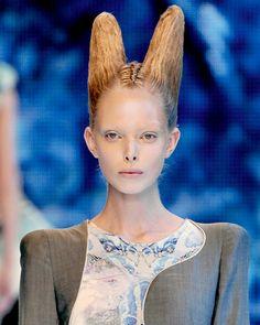 alexander mcqueen runway hair - Google Search