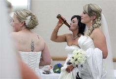 Bride Drinking Beer - we love it! Dream Wedding, Wedding Day, Wedding Things, Wedding Photos, Wedding Jitters, Let's Get Married, Belly Laughs, Here Comes The Bride