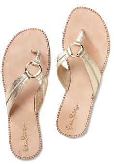 #gold leather sandals http://rstyle.me/n/jnhh9r9te