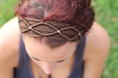 This brown handmade headband was inspired by travels through South America. It measures around 22 but it can stretch up to Please check my other listings for different colors and styles. Macrame Headband, Macrame Necklace, Macrame Jewelry, Macrame Bracelets, Macrame Owl, Macrame Knots, Macrame Dress, Micro Macramé, Dread Beads