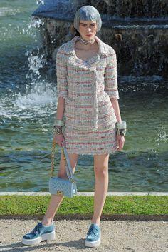 Chanel Resort 2013 Fashion Show - Patrycja Gardygajlo