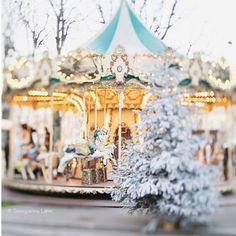 #christmasinparis#christmas#paris#inparis#jul#juliparis#france#frankrike#julestemning#karusell#karuselli#november#desember#december#christmastime#christmaseve#snow#snø#winter#vinter#