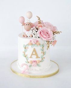 Fresh blooms, monograms and the cutest sheep! ✨ Fresh blooms, monograms and the cutest sheep! Birthday Cake Cookies, Birthday Cakes For Men, Birthday Parties, Bunny Birthday Cake, Baby Cakes, Cupcake Cakes, Tortas Baby Shower Niña, Girl Baby Shower Cakes, Sheep Cake