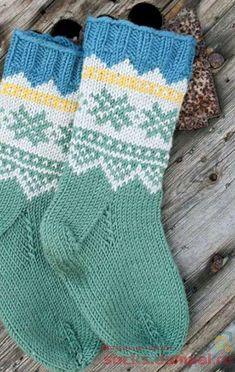 Knitting Patterns Needles knitting socks for children Fair Isle Knitting, Knitting Socks, Knitting Needles, Baby Knitting, Knitting Patterns, Crochet Patterns, Knit Baby Dress, Cozy Socks, Kids Socks