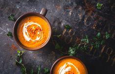 Superkjapp og nydelig dessert til 17. mai! | Kulinarisk Fanatisme Curry Coco, Catering, Pepper, Bacon, Ethnic Recipes, Desserts, Food, Soups, Simple