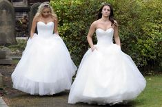 Coronation Street wedding of Sophie Webster and Sian Powers (Pic: Rex Features) Sian runs from the church and is soon chased by her lover Sophie (played by Brooke Vincent) the two of them dressed in identical wedding gowns.