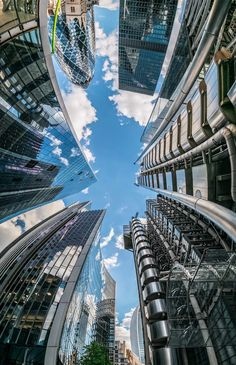 Looking up in London UK Creative Architecture, Architecture Photo, Perspective Pictures, Worms Eye View, Modern Skyscrapers, City Wallpaper, Iphone Wallpaper, New York City Travel, London Skyline
