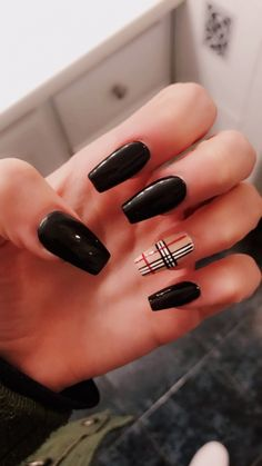 Semi-permanent varnish, false nails, patches: which manicure to choose? - My Nails Summer Acrylic Nails, Best Acrylic Nails, Pastel Nails, Painted Acrylic Nails, Black Acrylic Nails, Summer Nails, Aycrlic Nails, Swag Nails, Coffin Nails