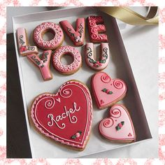 Mini Round Heart Cookies 26 Valentine Day Gift Ideas for Your 26 Valentine Day Gift Ideas for Your Love - Valentines Day Cookies, Valentines Baking, Valentines Day Gifts For Her, Valentine Cookies, Valentine Day Love, Heart Cookies, Iced Cookies, Cupcake Cookies, Cookie Gifts