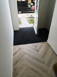 Entrance, Living Room Design Modern, Flooring, Front Doors Uk, Living Room Designs, New Homes, House, Timber Flooring, House Interior