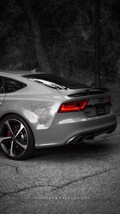 Détail arrière de l'Audi RS7 Quattro