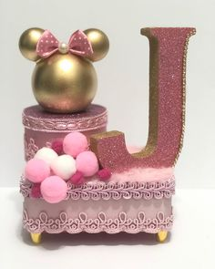 Birthday Cake For Mom, Girls Birthday Party Themes, Minnie Birthday, Birthday Treats, Birthday Decorations, 2nd Birthday, Mickey Y Minnie, Mickey Party, Minnie Mouse Baby Shower