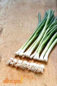 See how to regrow green onions without a garden or a green thumb.