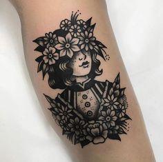 Old school traditional tattoo sleeve black ideas Traditional Tattoo Woman, Traditional Tattoo Design, American Traditional Tattoos, Traditional Flower Tattoos, American Style Tattoo, Traditional Tattoo Flash, Black Ink Tattoos, Body Art Tattoos, Cool Tattoos