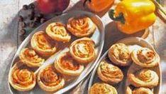 Pikkusuolaiset hyrrät - Reseptit - MTVuutiset.fi Muffin, Breakfast, Food, Red Peppers, Morning Coffee, Essen, Muffins, Meals, Cupcakes